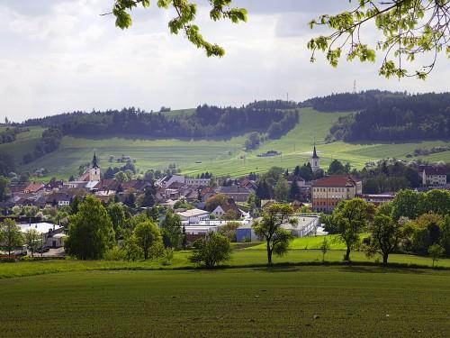 Panorama Olešnice z pole pod obecním sadem
